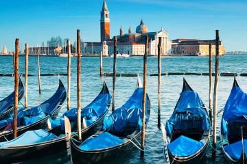 Gondolas-Venice-Italy