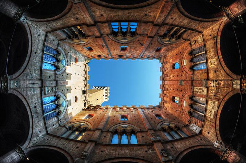 Interno Torre del Mangia Siena