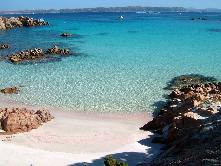 Spiaggia rosa Budelli Sardegna