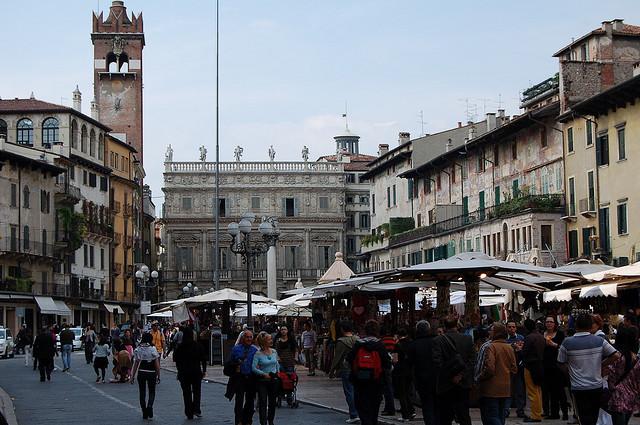 piazza delle Erbe market in verona