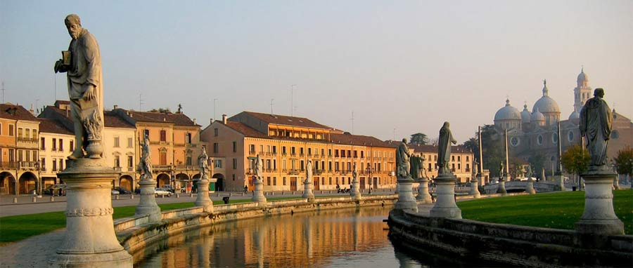The largest square in Italy