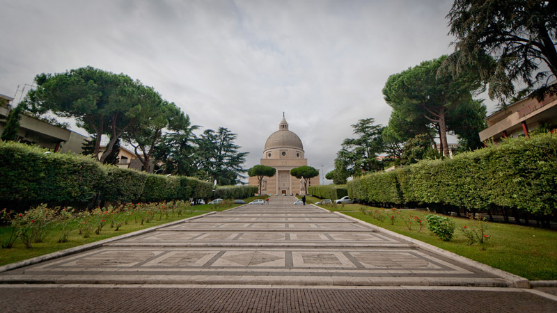 Sts Peter and Paul Basilica in Rome