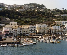 Tour of Capri Island, a destination you should visit