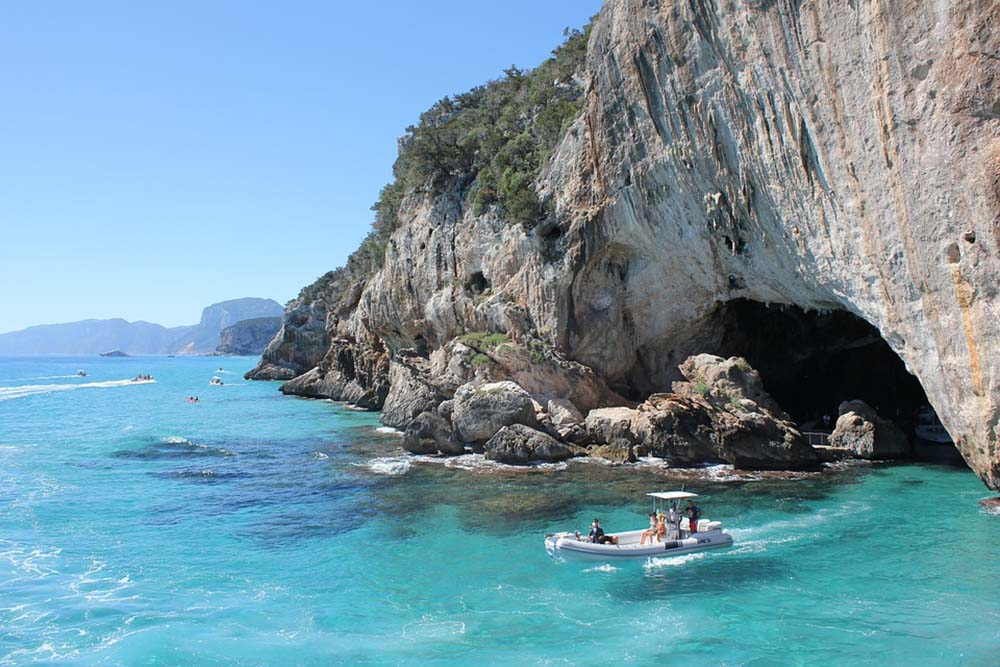 Boat Trips in Emerald coast